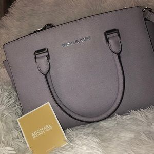 Michael Kors Bags - Authentic Michael Kors purse